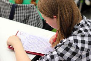 Manipuler et mémoriser des mots au CE2